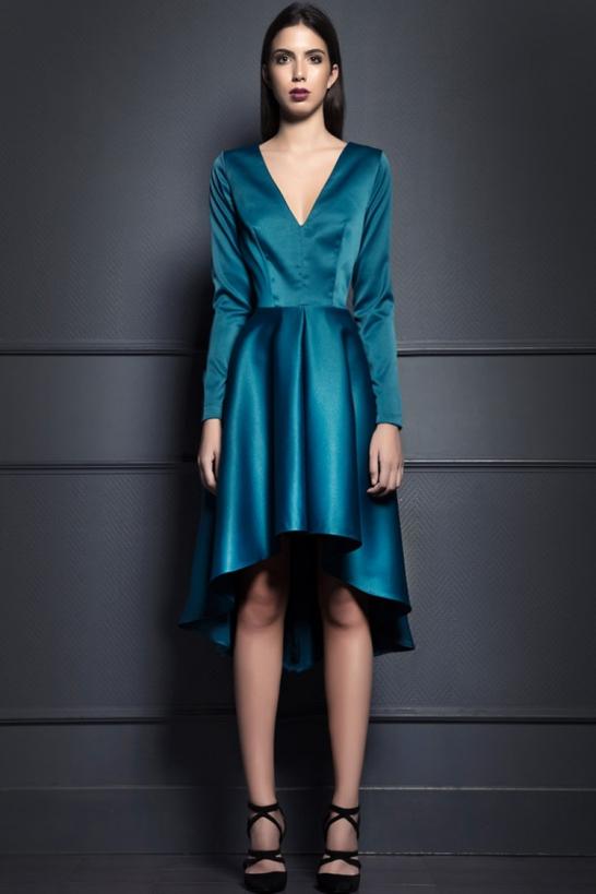Vestido capa asimétrica